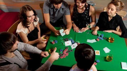 کامل ترین آموزش بازی پوکر POKER + قوانین و ترفندهای کاربردی